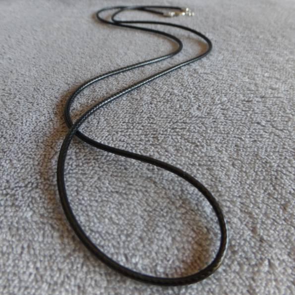 Cordon en cuir noir, taille ras de cou