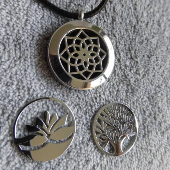 Pendentif diffuseur de parfum TRIO lotus, arbre et rosace