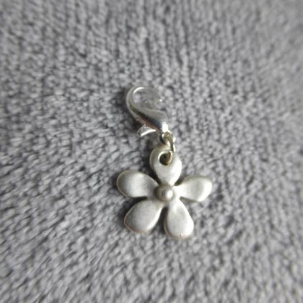 Mousqueton charms fleur - thème nature