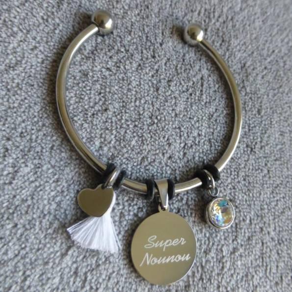 """Bracelet Médaille Gravée """"Super Nounou"""" - Couleurs au choix"""