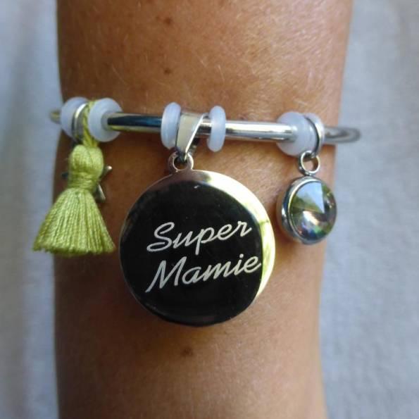 """Bracelet Médaille Gravée """"Super Mamie"""" - Couleurs au choix"""
